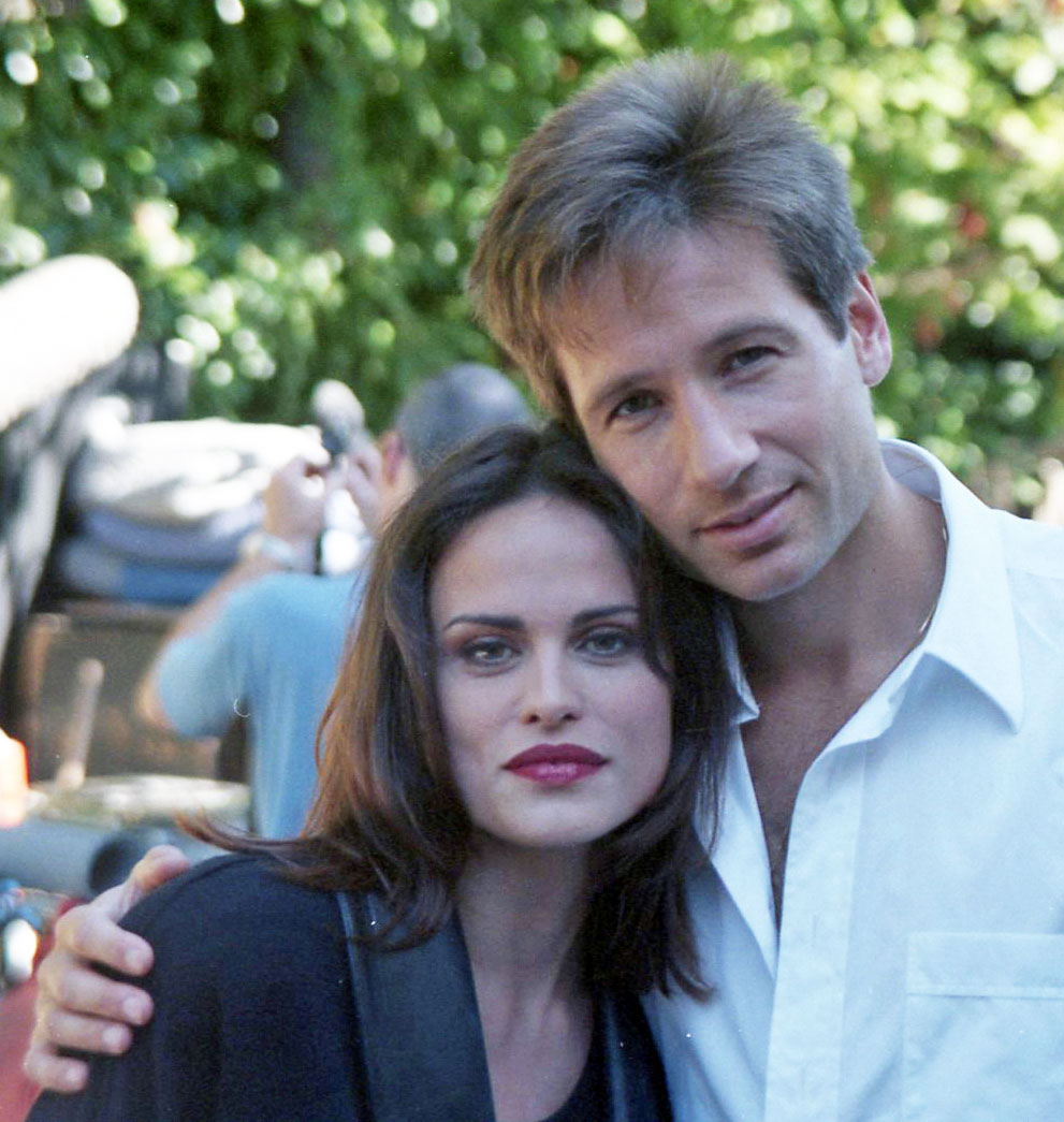 justina-vail-evans-the-x-files-on-set-david-duchovny-crp